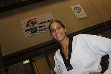 Reshmie Oogink (50)