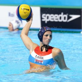 Waterpoloster Yasemin Smit