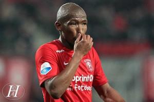 Kamohelo Mokotjo 2015-10-24 FC Twente - PSV (123)