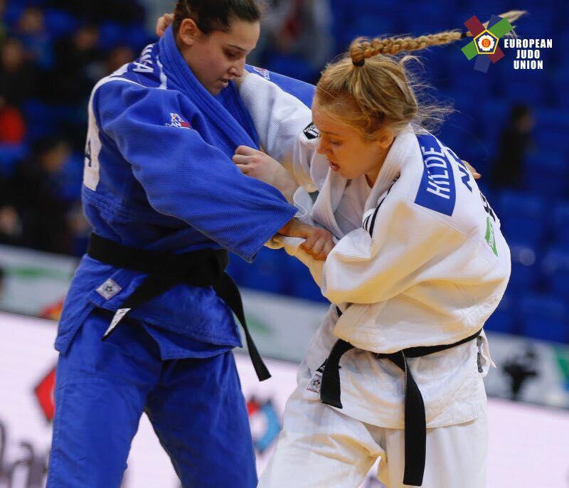 Hilde Jager uit Markelo uit dak na goud op EK judo