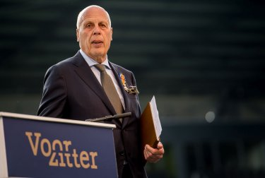 Jan Smit benoemd tot erevoorzitter van Heracles Almelo