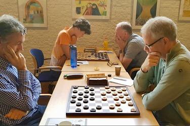 Denk en Zet wint eerste wedstrijd seizoen in Schiedam